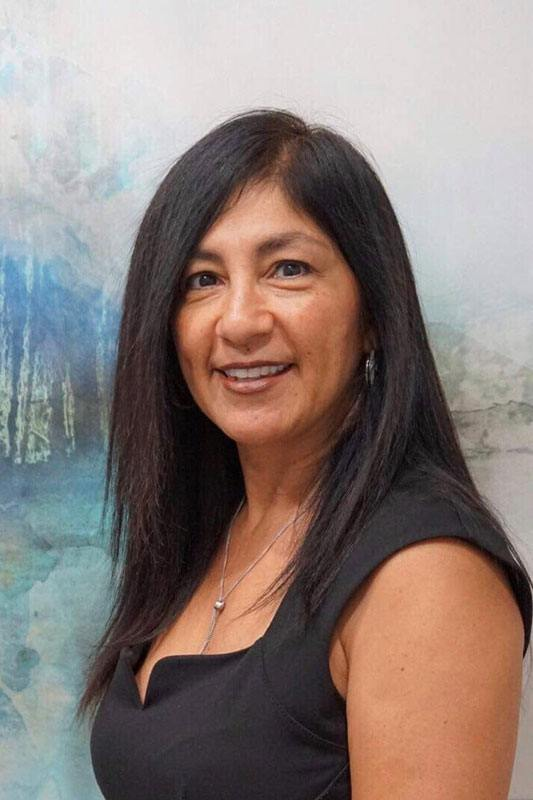 Leticia, Front desk worker of Lauren Standefer & Associates DDS